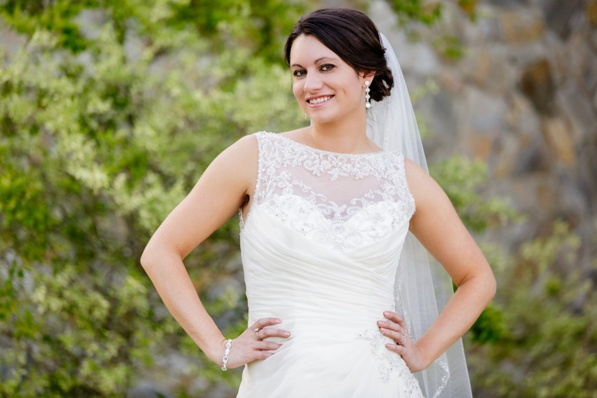 Read more about the article Carolina Trace Country Club Bridal Session | Nicole